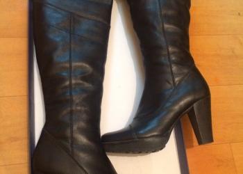 Продам кожаные женские зимние сапоги