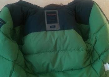 Пуховик Avalanche 46 размер. Зеленый