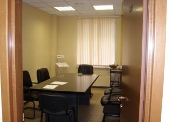 Нежилое помещение, назначение нежилое. Площадь: общая 174 кв.м. Этаж: 2.