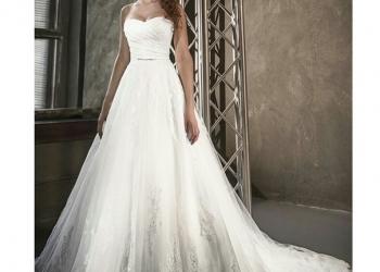 СВАДЕБНОЕ платье DARINA фирма Love Bridal London. Размер 40-42 (корсет)