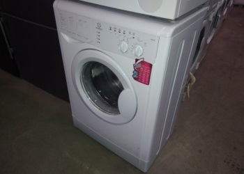 Отличная стиральная машина Индезит 5 кг