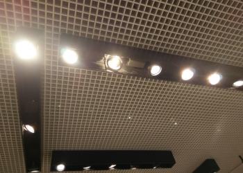 Светильники потолочные на подвесах