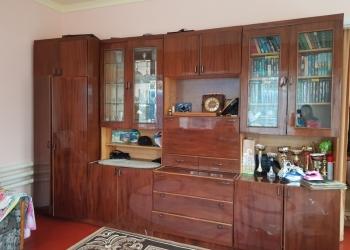 Гостинный шкаф