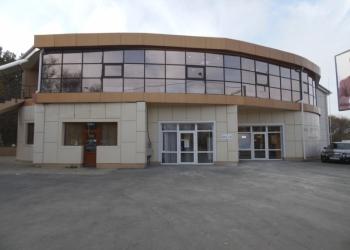 Отдельно стоящее здание общ.пл. 600 м.кв., парковк