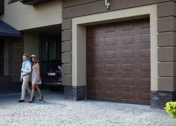 Установим гаражные секционные ворота