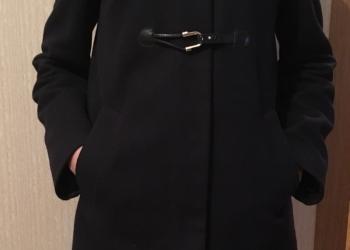 Продаю пальто Sisley
