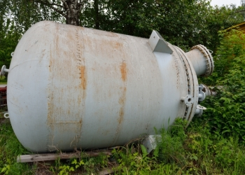 Продам реактор 6,3 м3 нж