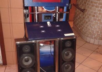 Музыкальный автомат-караоке