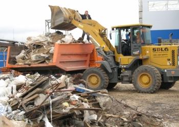 Вывоз по Алуште и региону строительного мусора, земли, мебели, хлама и т.д.