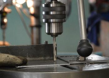Сверлильные и слесарные работы по металлу