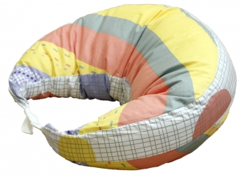 с этой подушкой для кормления комфортно маме и малышу