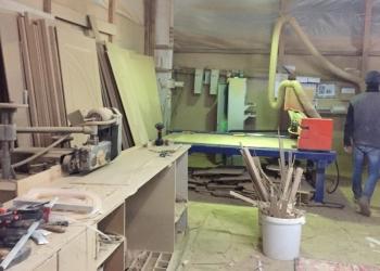 Производство металлических ,деревянных  дверей и металлоконструкций