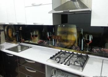 Стекло фартуки на кухню.