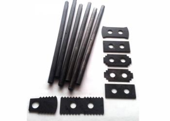 Оси, пальцы и другие запасные части на дробилки КДУ и КД