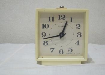 Часы-будилькик Севани (СССР)