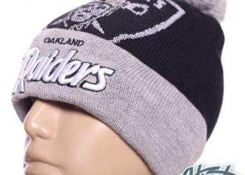 Шапка Raiders NFL зимняя с помпоном и логотипом с доставкой по России