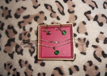 2 Серебряных комплекта с фианитом розовым и зелёным и пробой!