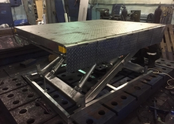 Гидравлический подъемный стол из нержавейки MISHUTKA  MSJ 2-1.01 1500x1000 , сто