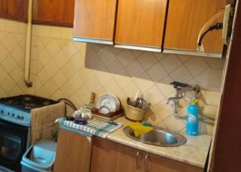 Абхазия город Сухум, Продаётся 3-х комнатная квартира