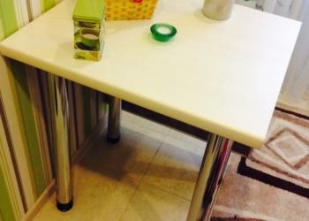 Продам абсолютно новый кухонный стол- книжка.
