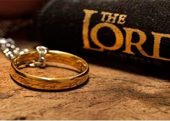 Самое знаменитое кольцо на планете!