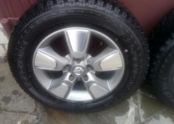 Продам 4 колеса на литых дисках 16R