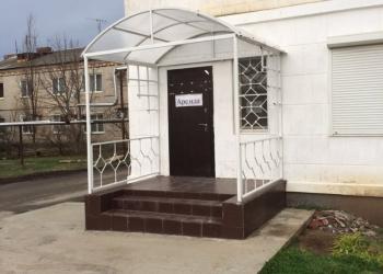 Сдаю торговое помещение в центре станицы Новотитаровской, 25 м2