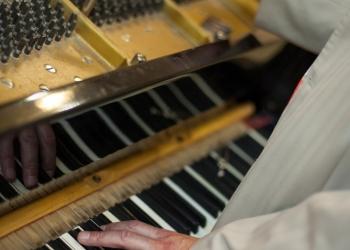 Настройка, ремонт пианино и роялей