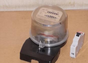 Эдектросчётчик СО-505 и автомат 25а