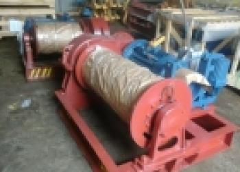 Лебедка тяговая ТЭЛ-3,2 (ЛМ-3,2),  грузоподъемностью 3,2т, канатоемкостью 250м.