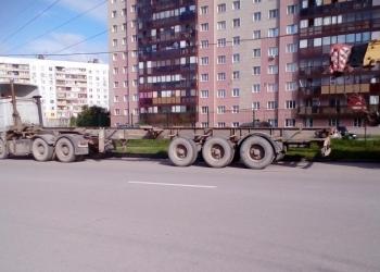 ПОЛУПРИЦЕП КОНТЕЙНЕРОВОЗ