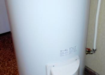 Продам водонагревательный новый бак