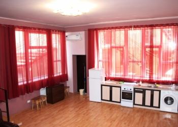 Элитная трехкомнатная квартира в центре Ялты 100 м2+терраса 50 м2