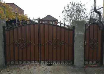 Ворота с элементами ковки, ворота из профлиста