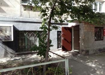 Продам нежилое помещение с отдельным входом.