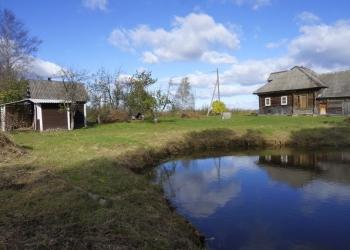 Дома и участки в деревне, 200 км от МКАД