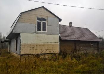 Два дома с хоз. постройками и баней на хуторе, 12 Га. земли.