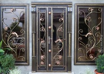 Изготовление ворот, дверей,решеток, перилл, и другие кованные изделия.