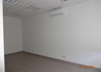 Офисное помещение 27,7 кв.м. с отдельным входом