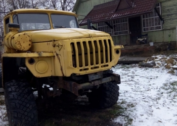 Продаю Урал 4320