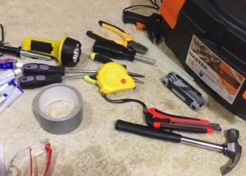 ящик с инструментами,все для ремонта