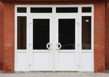 Дверь пластик ПВХ