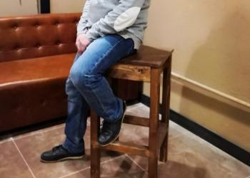 Барные стулья. Массив.