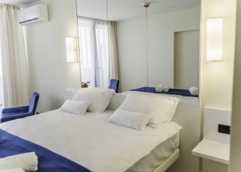 Укомплектованные апартаменты в элитном комплексе на побережье Черного моря